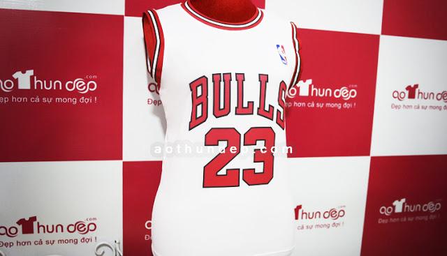 Áo đồng phục bóng rổ trắng đỏ