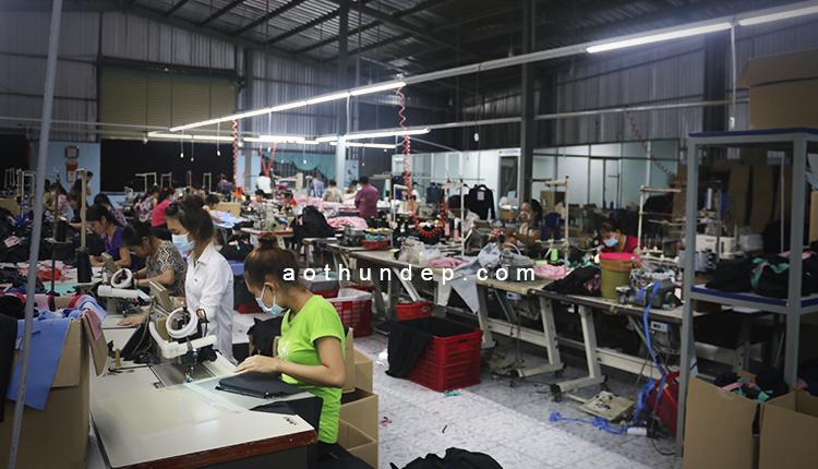 Xưởng Sản Xuất May Túi Vải Không Dệt Của Chúng Tôi: